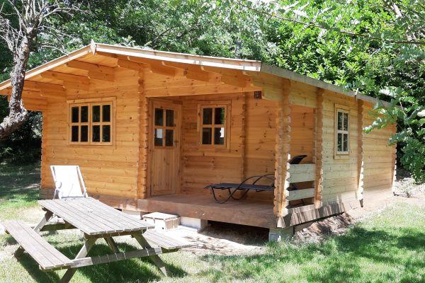 chalet-ranch-camping-le-viaduc-minA4CF5A55-126A-8EDA-FDA8-555D99D9A170.jpg
